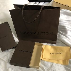 Louis Vuitton Bag,box,cleaning wipe and envelope